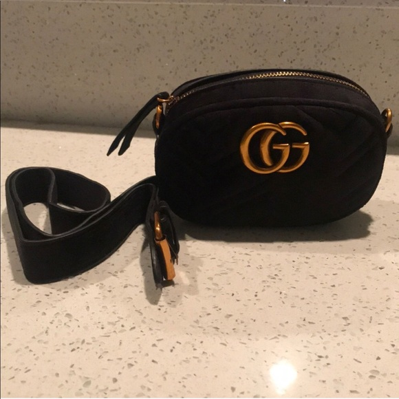 "f4fd6e6c035 Gucci Handbags - ""Gucci Marmont"" black velvet belt bag fanny pack"